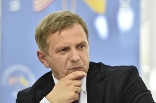 Укрзализныця, Нафтогаз, продать, советник Зеленского, Олег Устенко