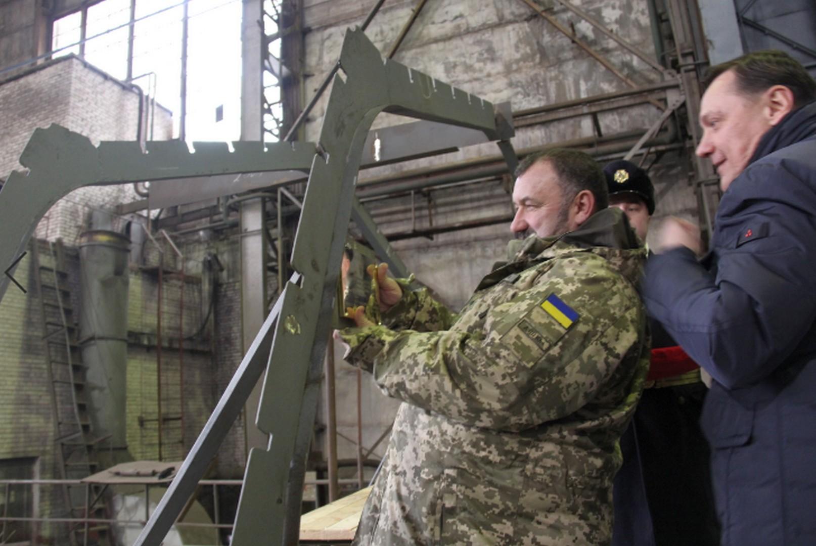 """Украина усиливает боевой флот: в """"Кузне на Рыбальском"""" дали старт строительству новых катеров для ВМС - кадры"""