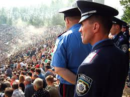 Аваков: МВД необходимо найти 20 тысяч милиционеров для замены «дезертиров»