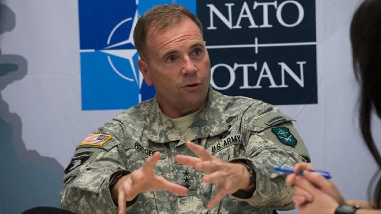 """Генерал Ходжес объяснил, зачем Шойгу """"рассказывает сказки"""" и почему Запад должен помочь Украине"""