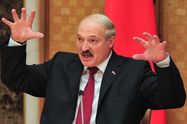 """""""Мы с Путиным скоро будем Бога молить, чтобы там НАТО стоял"""", - странное заявление Лукашенко о Донбассе"""