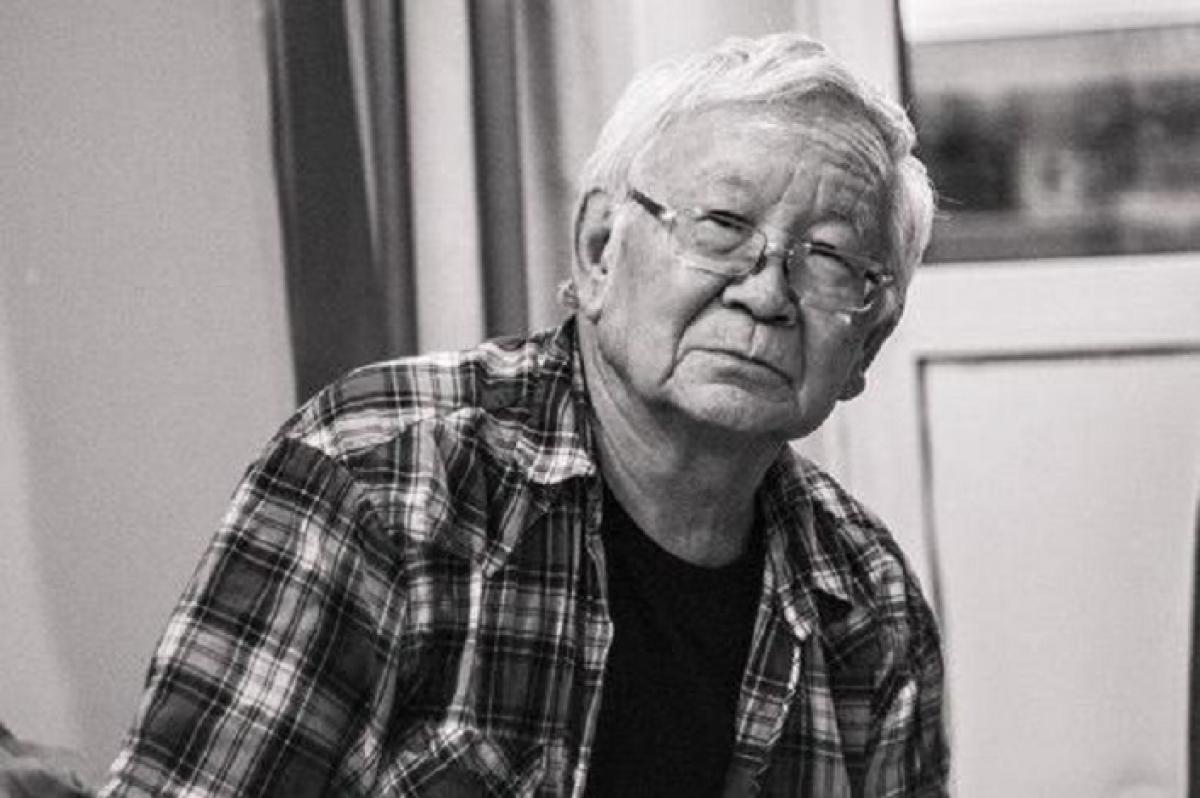 В России прославленный ученый Абаев покончил с собой: профессор голодал и жил в нищете