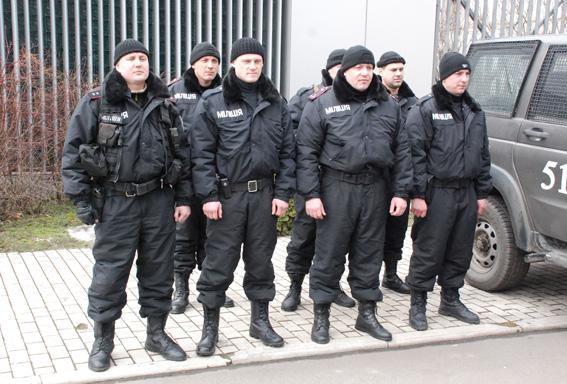 На улицы Днепра вышли 500 патрульных