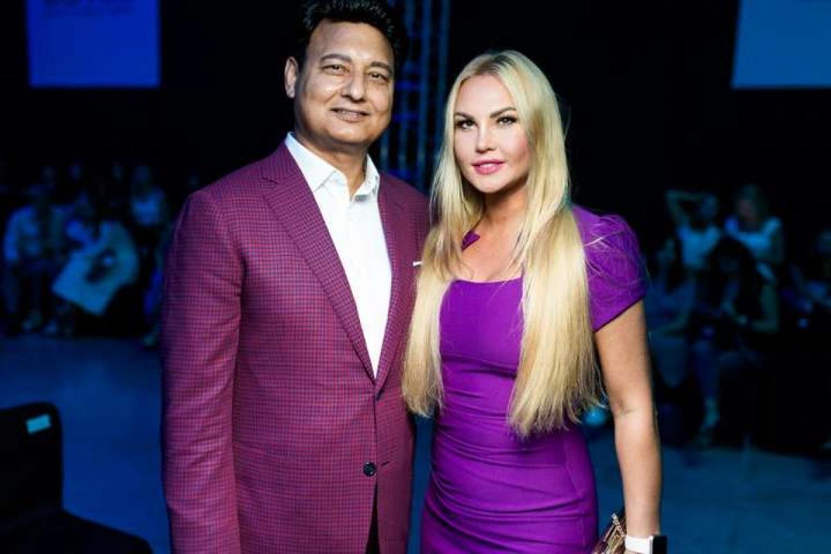 Жена миллиардера Захура певица Камалия замечена на руках у накаченного иностранца
