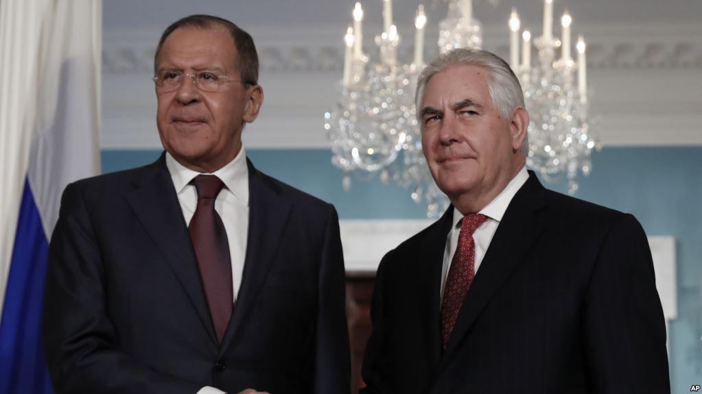 США и РФ продолжают переговоры по Украине: Донбасс станет темой встречи Тиллерсона и Лаврова на саммите ОБСЕ в Вене