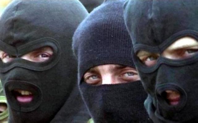 В Одессе совершено нападение на воинскую часть: десятки неизвестных в масках демонтировали забор военного объекта и вывезли имущество в неизвестном направлении