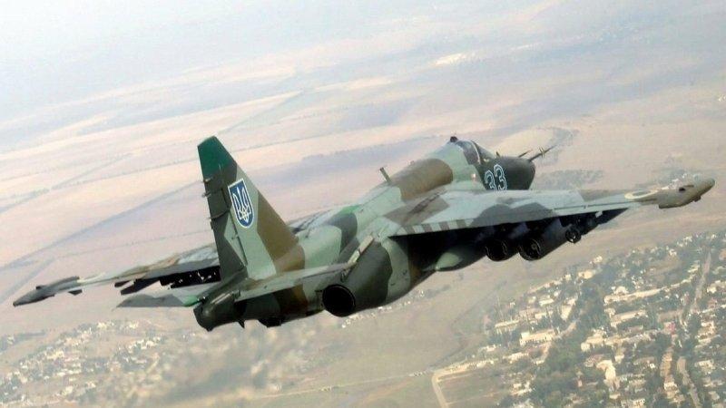 Украина подняла в воздух боевую авиацию на Азовском море - видео впечатлило Сеть