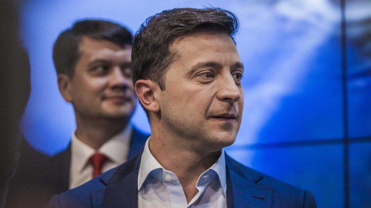 Зеленский хочет заменить Разумкова – назван возможный кандидат