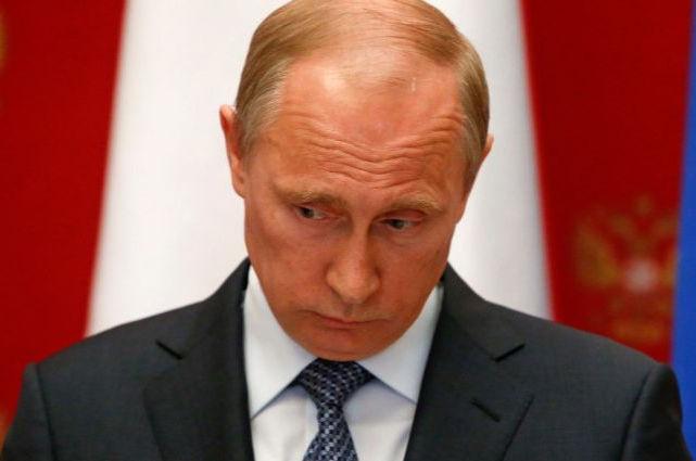 Путин больше не любимчик россиян: эксперты констатировали крушение рейтинга президента РФ
