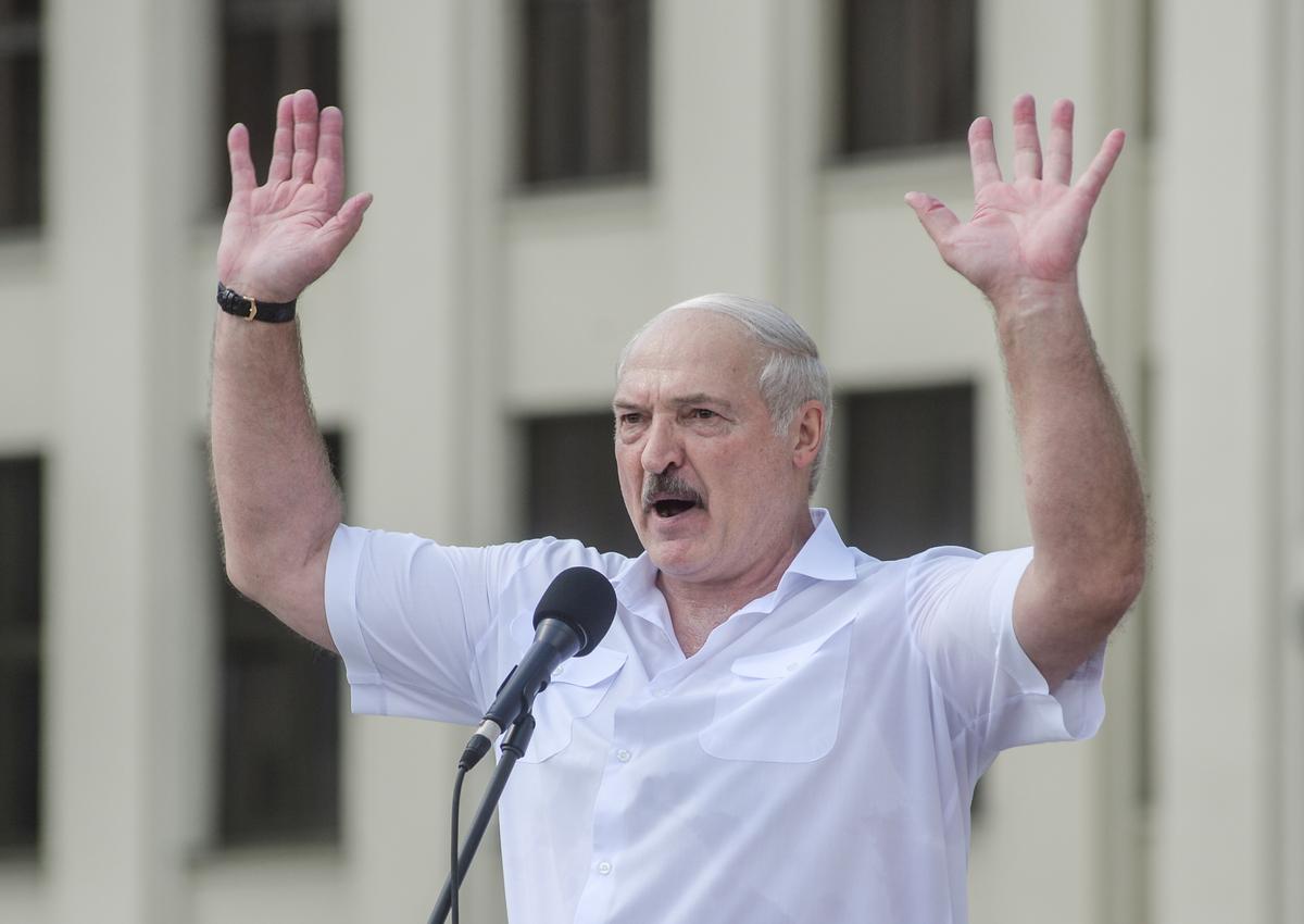 """""""Лукашенко """"наелся"""" президентством"""", - Воскресенский об исторической инициативе Батьки"""