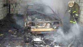 В Луганске снаряды попали в кооперативные гаражи