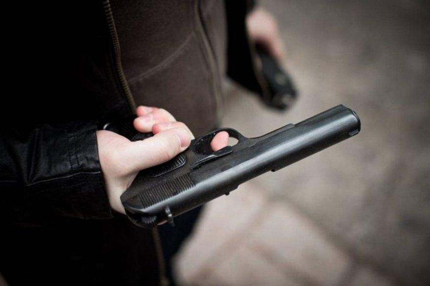 Под Винницой полицейский выстрелил в напарника: СМИ выяснили детали скандального проишествия