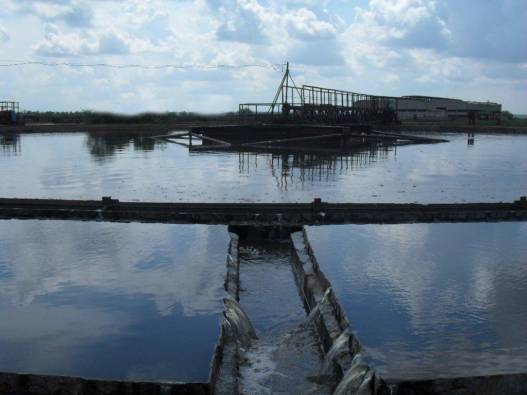 В Алчевске масштабный сбой: людей оставили без питьевой воды - источник