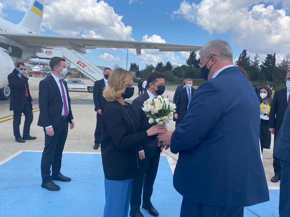 Зеленский прибыл в Стамбул для встречи с Эрдоганом: Украина и Турция усиливают военный союз