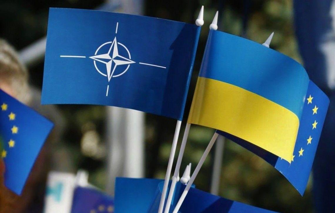 """""""Четкий ответ Путину: """"красные линии"""" Кремля на Западе не воспринимаются"""", – эксперты о решении НАТО по Украине"""
