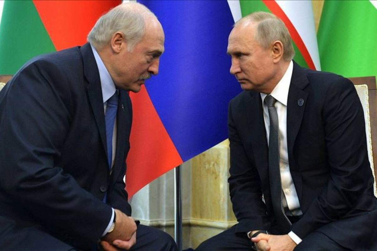 россия, беларусь, кремль, незыгарь, козак, бабич, агрессия, шантаж, нефть