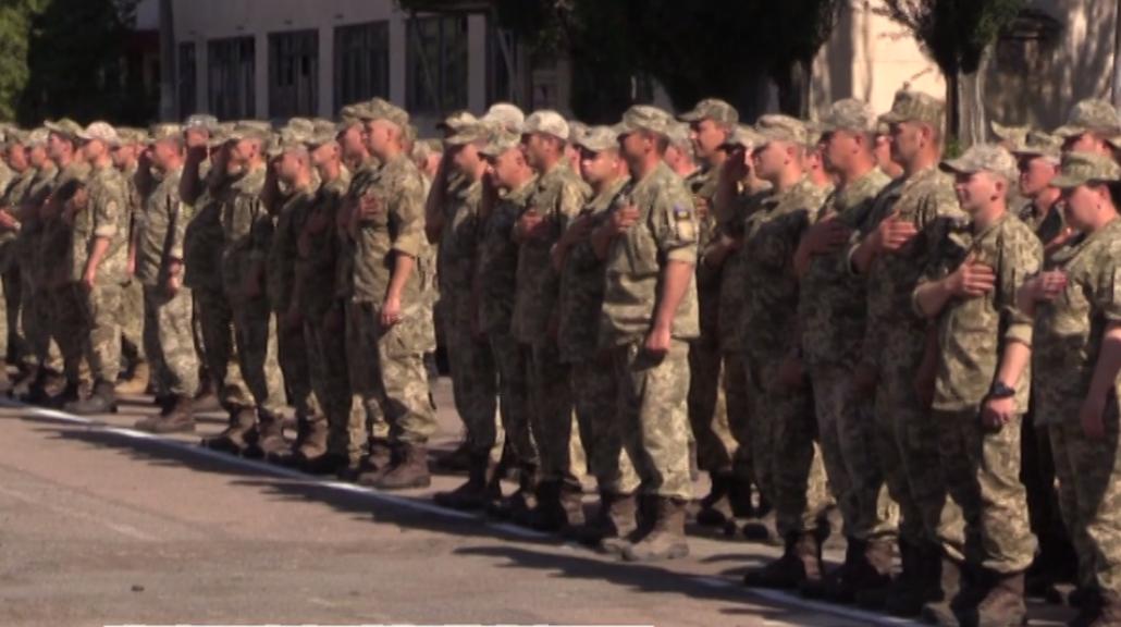 После трех лет АТО домой вернулись танкисты, которые защищали Мариуполь от российской армии