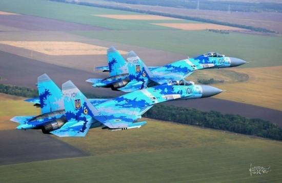 СНБО: Украинская авиация уничтожила колонну боевиков под Краснодоном