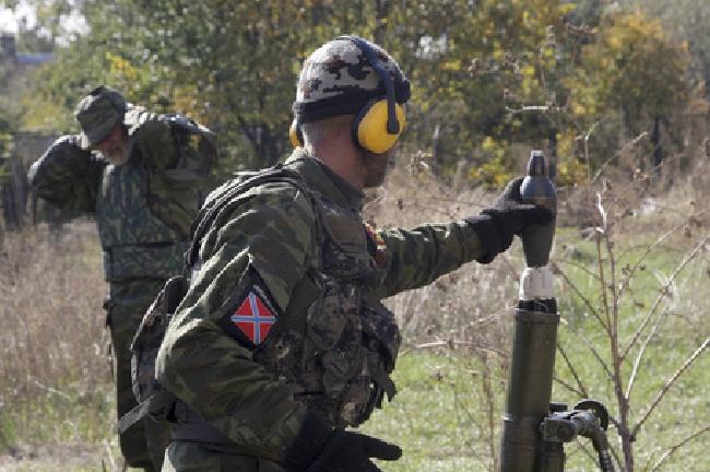 Боевики кошмарят приморское и донецкое направление, а на луганском применяют запрещенное Минском оружие