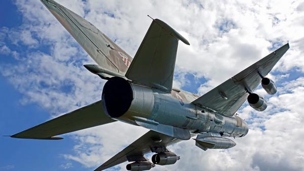 """Кровавый диктатор несет потери: на юге Сирии повстанцы уничтожили асадовский истребитель МиГ-21, """"зверствовавший"""" в зоне деэскалации"""
