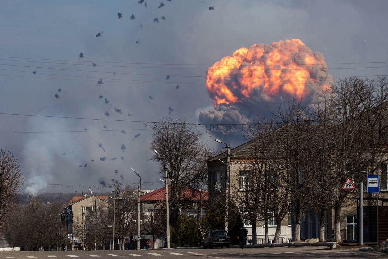 """""""Взрывы в Чехии и Балаклее взаимосвязаны"""", - Бутусов назвал цель ГРУ России"""