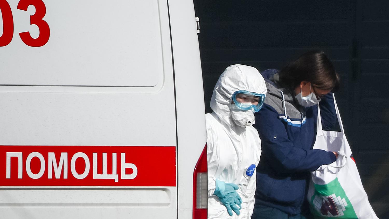 """""""Врачам нельзя говорить о коронавирусе"""", - Яковина пояснил, чего боится Кремль и какие последствия ожидают Россию"""
