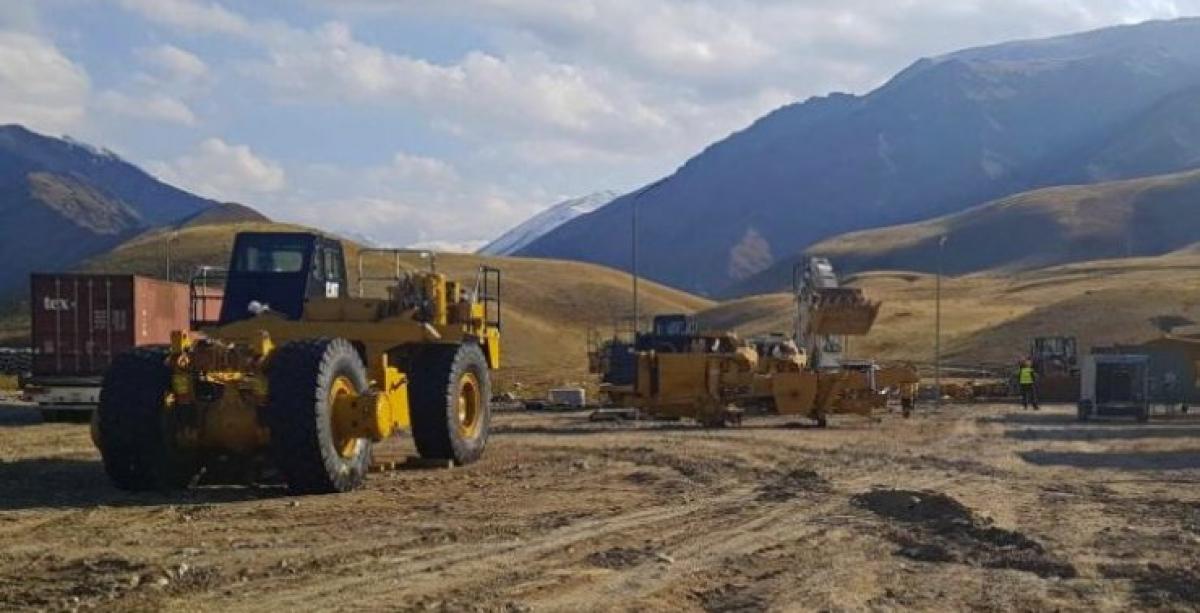 В Кыргызстане неизвестные проникли на месторождение золота Джеруй – работы остановились