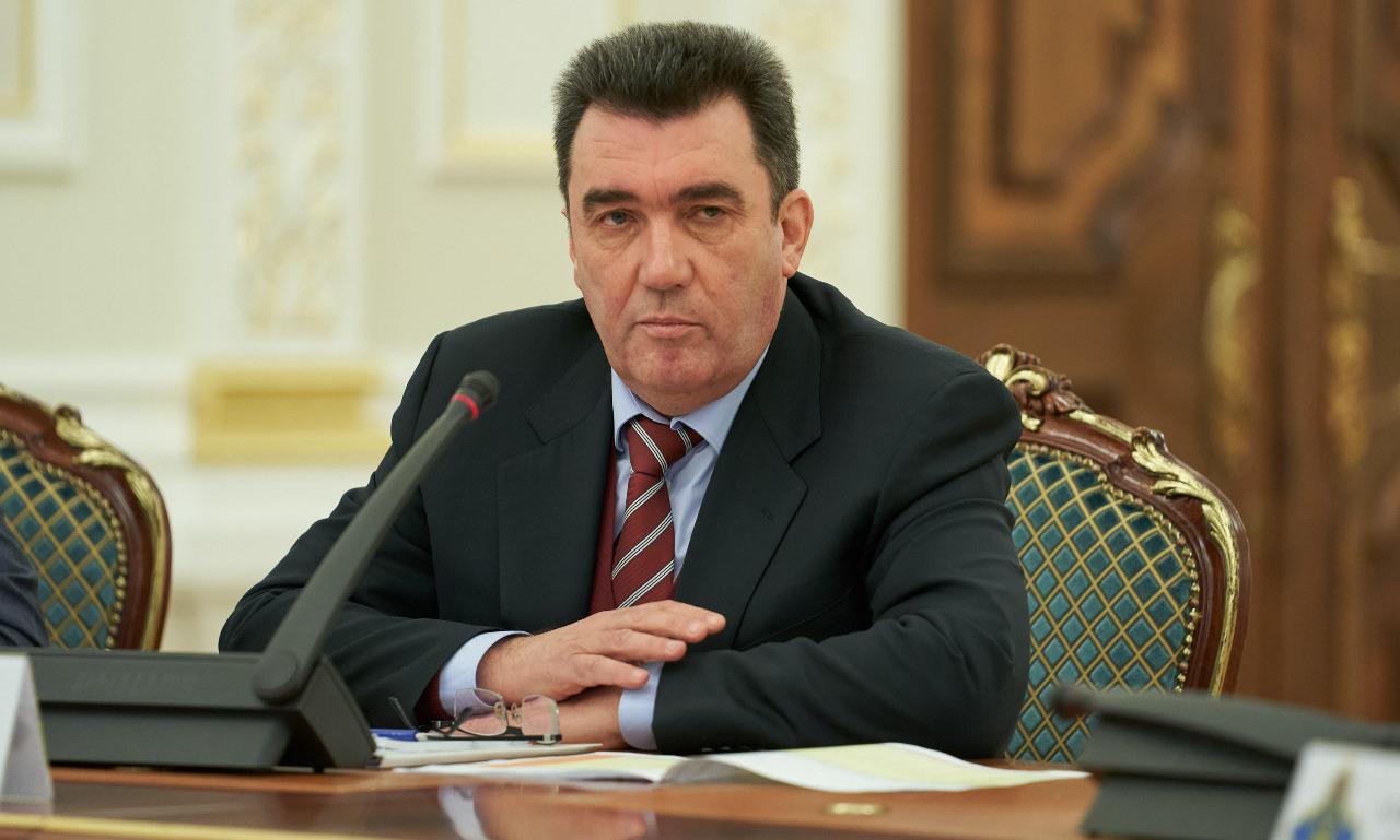 Украина, Донбасс, СНБО, Данилов, Политика, Гуманитарные коридоры.