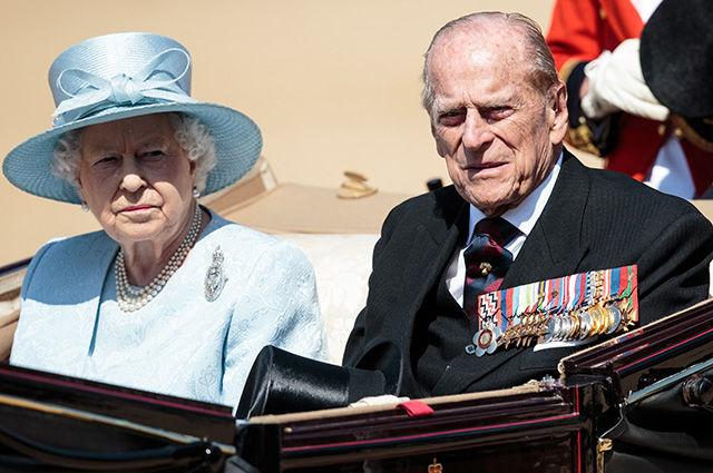 Названо, кому перешел титул герцога Эдинбургского после смерти мужа королевы принца Филиппа
