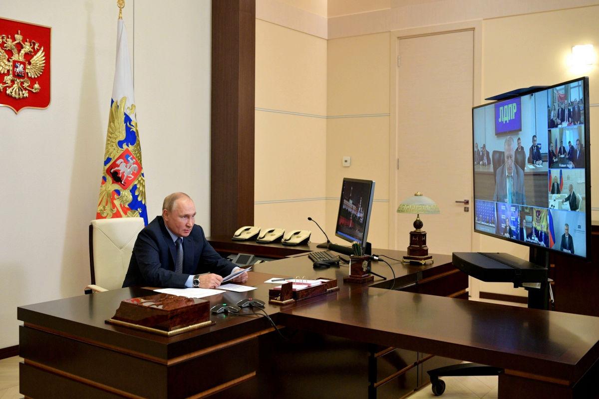 """""""В вагон и на Магадан"""", - Жириновский предложил Путину отправлять недовольных россиян в ссылку"""