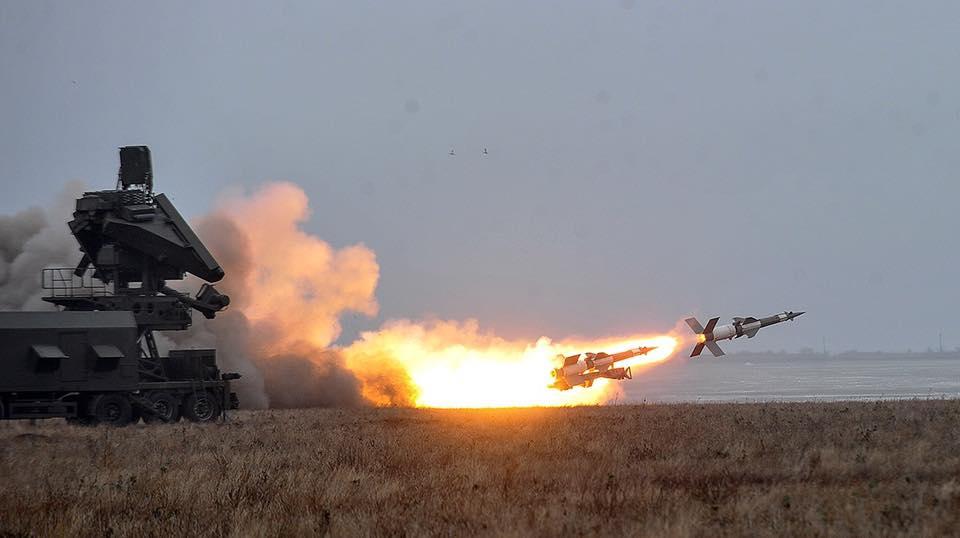 """8 пусков - 8 целей в море потоплено: мощный залп ВСУ из ракетного комплекса """"С-125"""" попал в Сеть"""