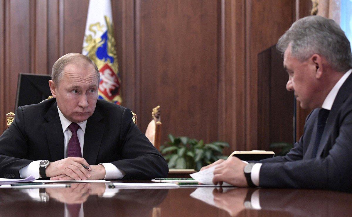 Путин отдал срочный военный приказ и потребовал отчет: план президента РФ сильно разозлил россиян