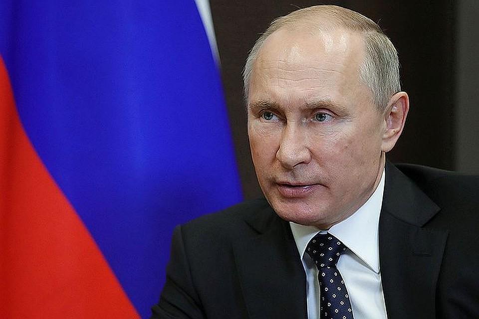 """Возраст берет свое: Путин рассказал о """"таблетках"""" с источниками силы, о которых проговорился Берлускони, и о любви"""