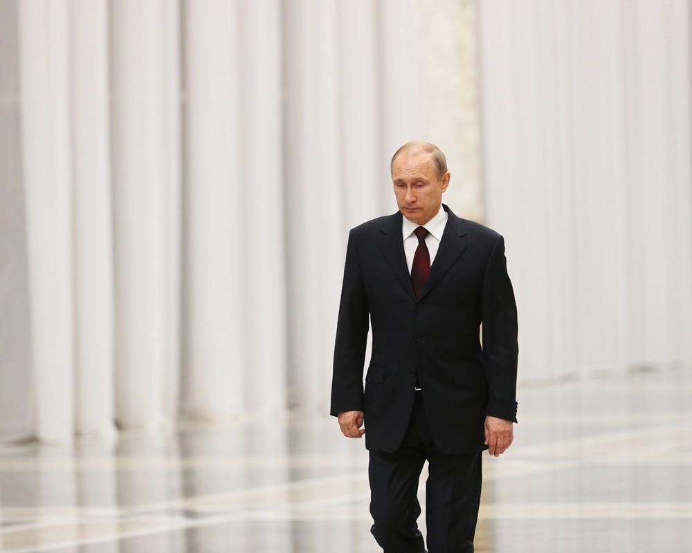 """""""А вот интересно, кто любит Путина? Не говорит из-за страха, что любит, а любит реально?"""" - Ганапольский"""