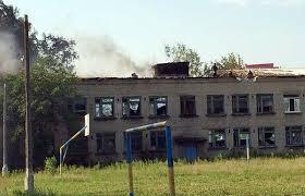 В Донбассе в результате боев повреждена 241 школа