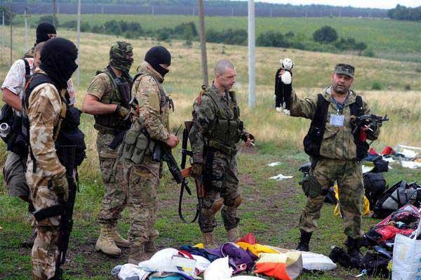 Террористы ДНР организуют крестный ход к месту крушения «Боинга» и помолятся за его пассажиров