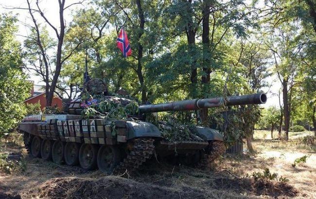 Оккупант пошел с танками на Мариуполь - теперь считает потери