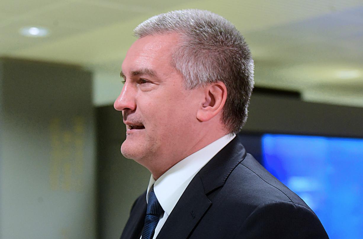 Коллаборант Аксенов дал совет крымчанам, как избежать ареста на неоккупированной части Украины