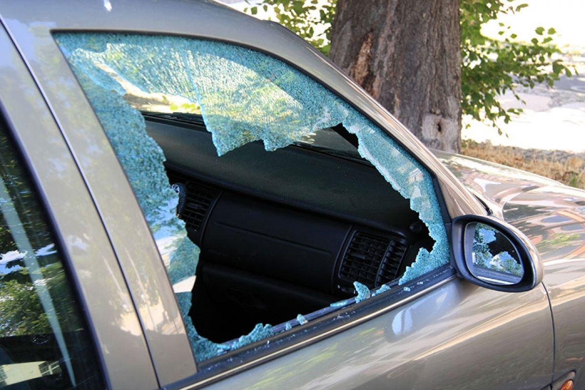 В Израиле машину русскоговорящих забросали камнями: нападение попало на видео
