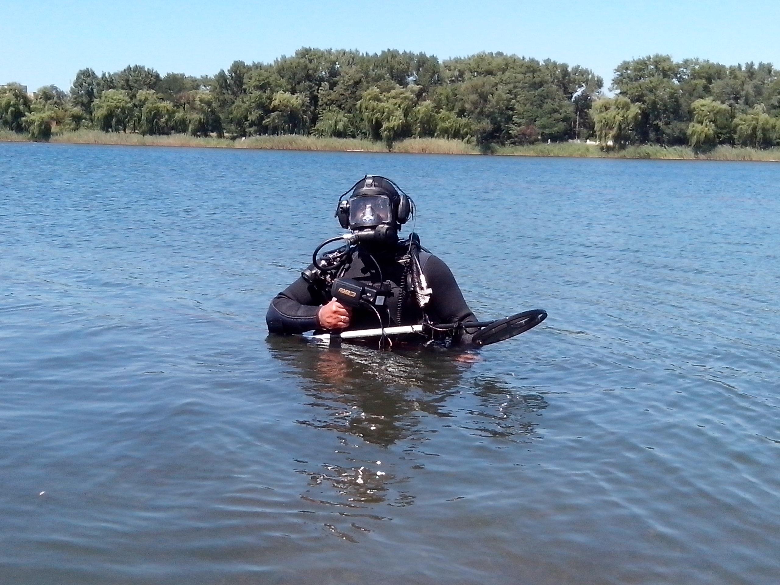 Водолазы достали 11 мин из водоемов Славянска