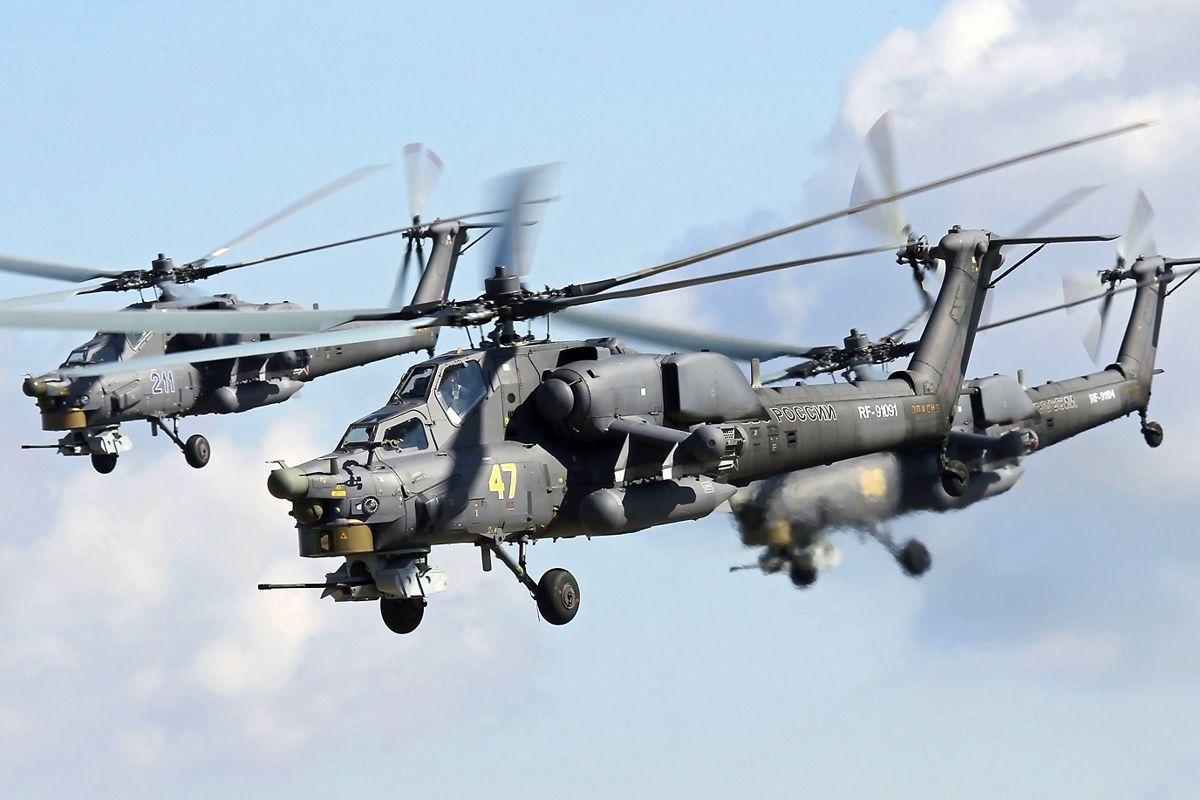 """Более 10 боевых вертолетов ВКС РФ """"Ми-28"""" и """"Ка-52"""" приблизились к границе Украины – Россия накаляет ситуацию"""