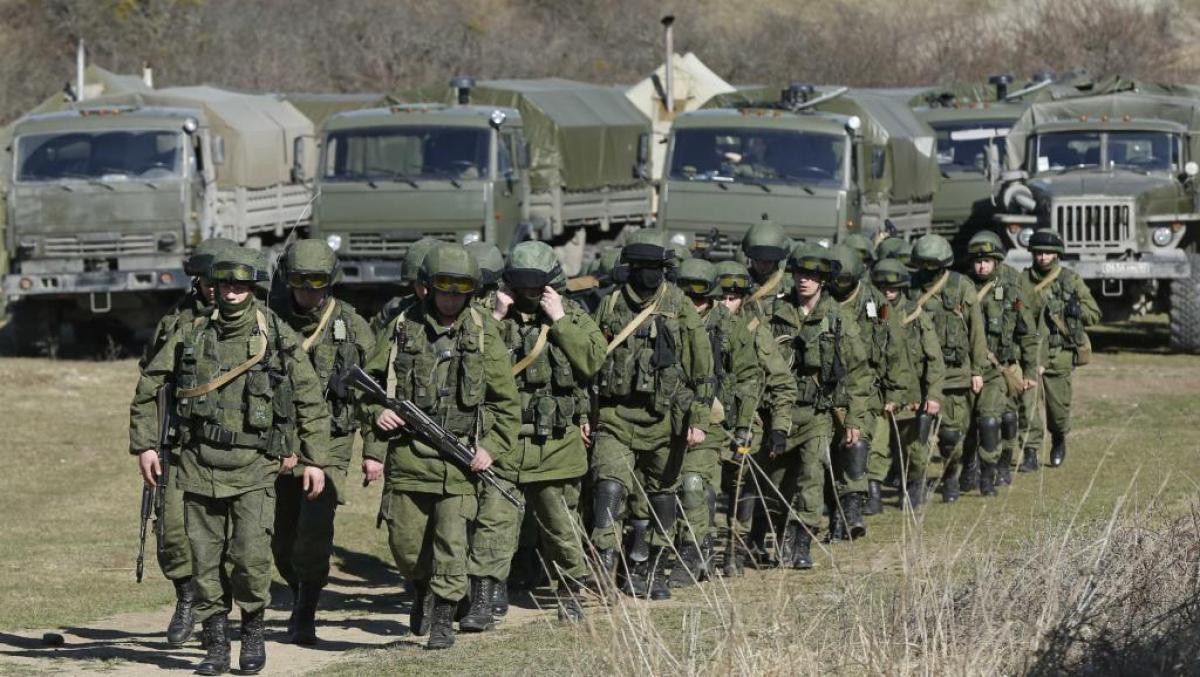 87 тысяч российских военных готовы к наступлению: на границе с Украиной Россия создала 3 группировки войск