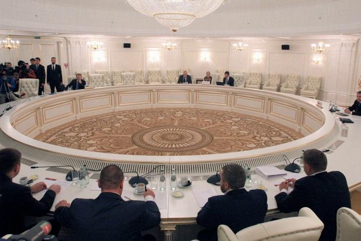 """Киев сделал официальное заявление после переговоров в Минске: """"Выполнили все условия"""""""