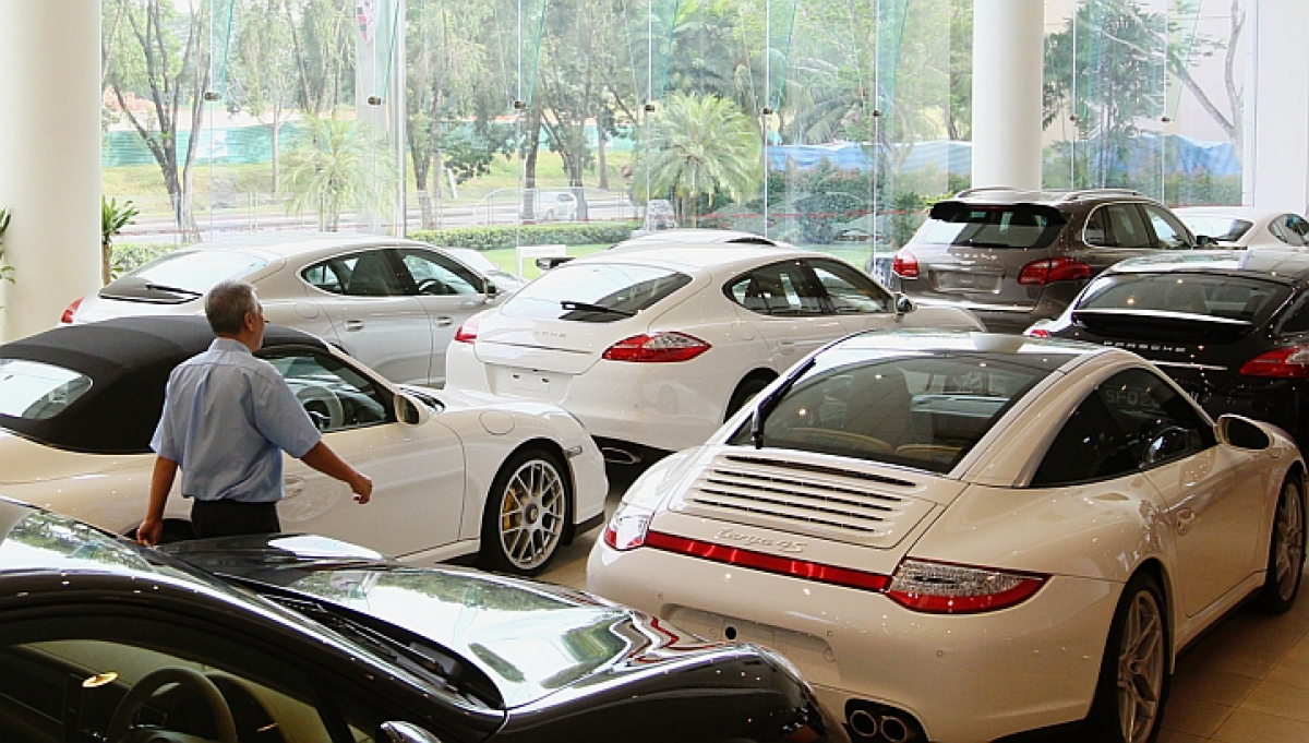 В Украине расширяют список налогооблагаемых машин: Toyota RAV4, Hyundai Santa Fe и другие, дороже 1,2 млн грн