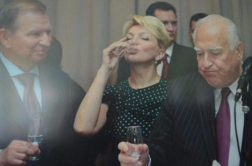 """""""Украинскую территорию просто так отдали"""", - журналист рассказал, как Пустовойтенко и Кучма отдали без референдума земли Бессарабии Молдове"""