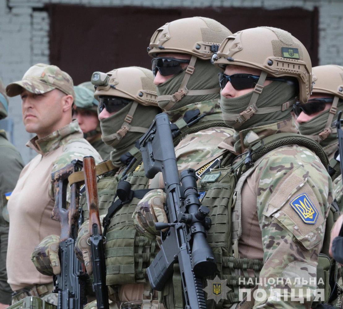 Стрельба и дрифт в Одессе: группу кавказцев задержал КОРД, полиция открыла огонь