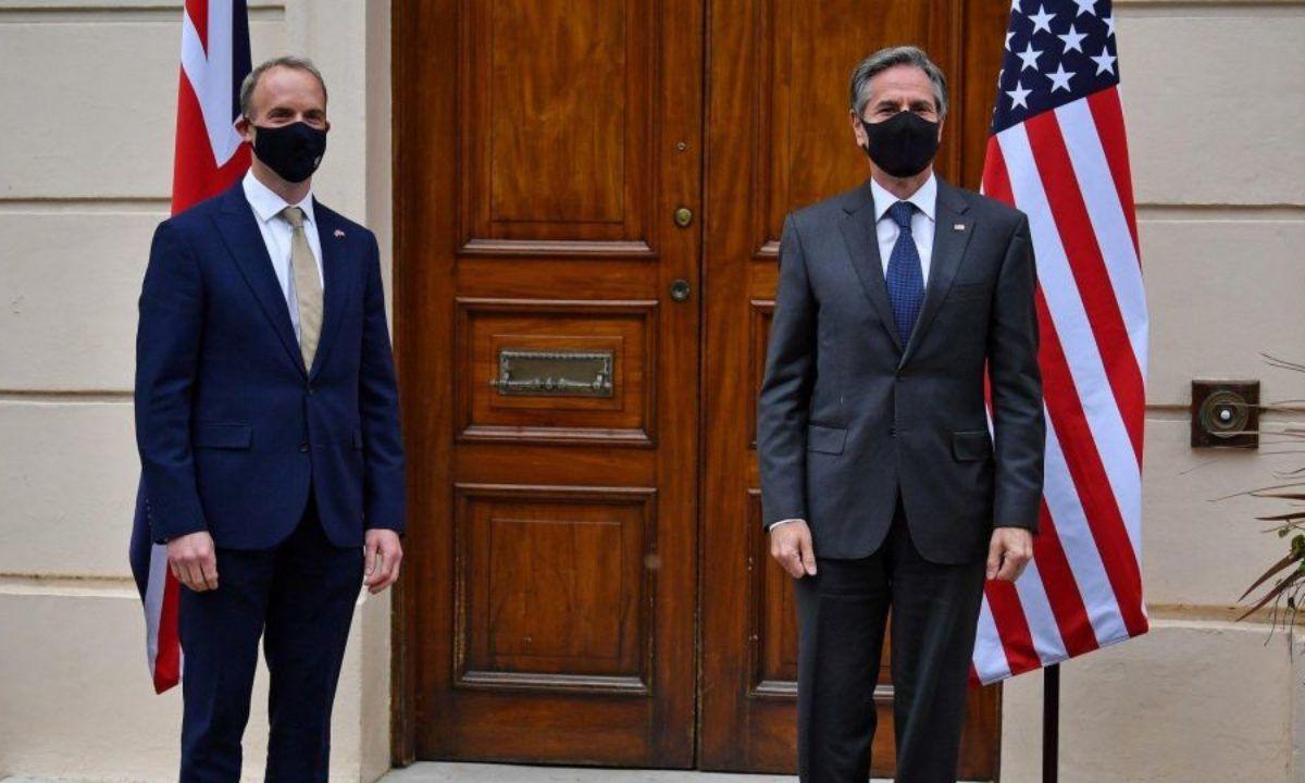 США и Великобритания выступили против России и поддержали Украину