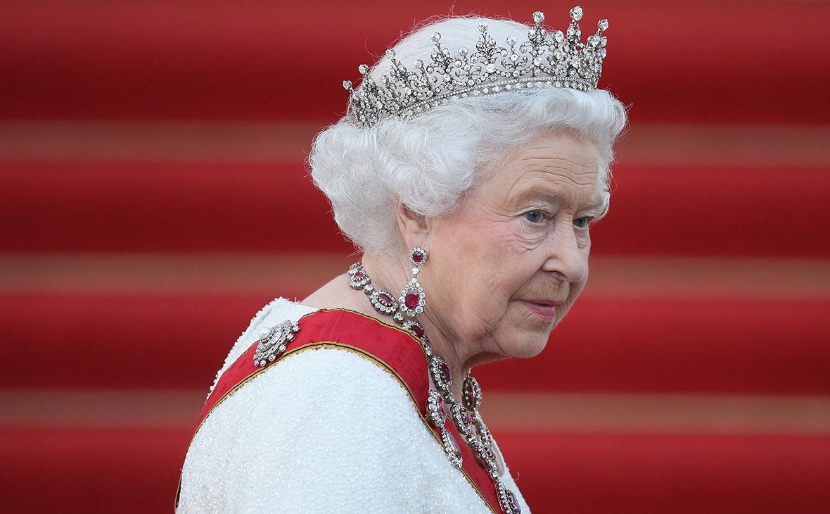 В свой 95-й день рождения Елизавета II нарушила давнюю королевскую традицию