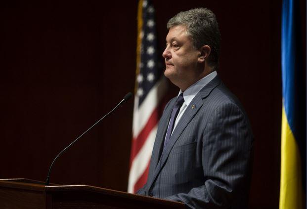 Разрушенная экономика и тысячи убитых: Порошенко в США рассказал, как РФ уничтожает Украину