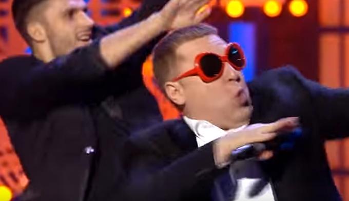 """Яценюк на лабутенах от """"95 квартала"""" взорвал интернет и стал главным хитом сети"""